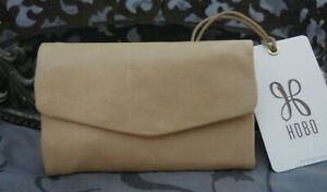 Hobo International ~LACY Leather Trifold Compact Wallet~PARCHMENT~TAN~NWT $68