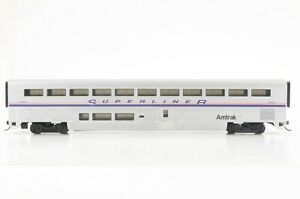 HO Walthers Amtrak Superliner II Coach, Phase IV Scheme, OB Excellent Condtion