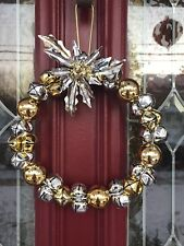 JINGLE BELL WREATH GOLD SILVER CHRISTMAS POINSETTIA WREATH CENTERPIECE