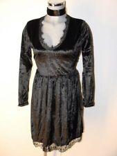 Kleid Schwarz Samt Gothik mit Spitze Gr 42 44 NEU schimmernder Glanz  I35