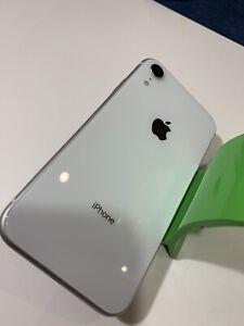 Apple iPhone XR - 64GB - White (Verizon) Includes Zagg