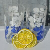 """Set of 2 Swanky Swig Glasses with White and Blue Flowers 4-5/8"""" High"""