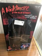 FREDDY KRUEGER'S GLOVE A Nightmare on Elm Street Prop Replica Neca 2018 NEW