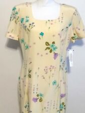 Maggy London Easter Look Pale Yellow with Flowers built in Silk Slip Size 12 NWT