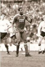 ORIGINALE stampa foto Liverpool FC John Barnes APRILE 1988