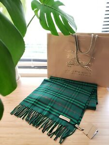 NWT Burberry Unisex Muffler Scarf 100% Cashmere Green