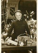 """""""Panier distribué par l'Armée du Salut 1931"""" Photo originale G. DEVRED/ Agce ROL"""