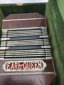 Concertina - EARL QUEEN - Vintage - Case Included