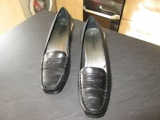 Size 4 Black shoes by TROTTERS
