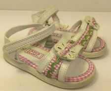 NWT Faded Glory Baby Girls Sandals-White/Pink (Infant Size 4)