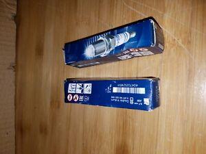 Set of 2 Spark Plugs Bosch For Infiniti Q50 Mercedes W164 W245 W205 W447 R231
