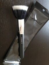 Duo Fibre Stipple make up brush by Mac 187, Brand New in Plastic Wallet