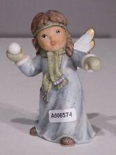 +#A006574 Goebel Archivmuster Nina & Marco / Limpke Engel mit Schneeball stehend