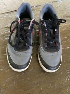 Nike Field trainers boys size UK 7.5 GOOD CONDITION