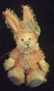 "DEB CANHAM COLLECTORS CLUB PARSLEY Bunny NWT and box 3"" 2001-2002"
