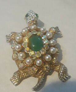 Vintage Aurora  Borealis Rhinestone Pearl Jade Green Cabochon Turtle Pin Brooch