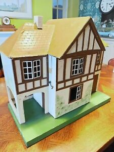Vintage Triang 76 Doll's House