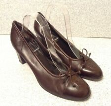 Fendi Women's Brown Leather Pumps Heels Size 11B Signature Logo Made In Italy