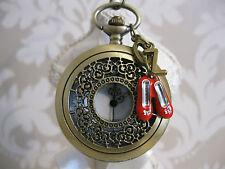Reloj de Bolsillo nuevo Mago de Oz zapatillas de rubí Grande Collar único tono De Bronce