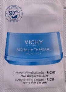 VICHY CREME RE-HYDRATANTE RICHE PEAUX SECHES 26 x 1,5 ML NEUFS