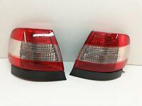 Audi A4 B5  Bremsleuchte Rücklicht Rückleuchte Heckleuchte  Links & Rechts  (01)