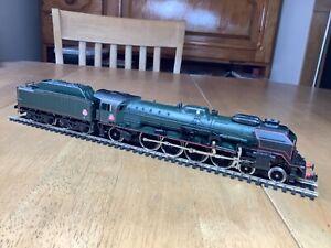 Jouef  HO Gauge 8260 SNCF 4-8-2 Class 241P Locomotive depot Nevers unboxed