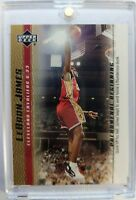 2003 03-04 Upper Deck Phenomenal Beginning Gold LeBron James Rookie RC #18, Cavs