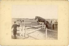 Sport Équestre, Entraînement Militaire du saut à cheval, ca.1900, Vintage citrat