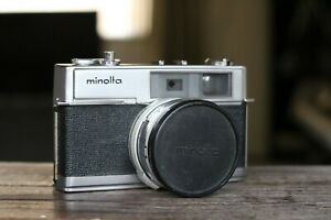 Minolta HI-MATIC 7 35mm Film Camera, Rokkor PF 45mm f1.8 Lens, Rangefinder, Case