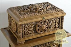 23.5'' Religious Carved Wooden Reliquary Box Religious Reliquary For Church Gift