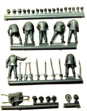 Milicast FIG106 1/76 Resin WWII British Pioneer Troops with Tools & Barrow