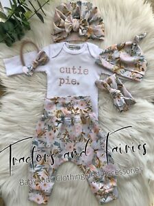 Harem Pants bib Turbans baby shower gift set in Amelia Peach Tractorsandairies