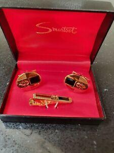 Vintage Smartset Goldtone Cufflink & Tie Pin Set Hong Kong Unused original box
