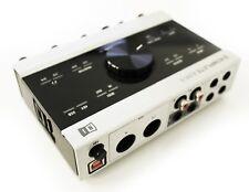 Native Instruments Komplete Audio 6 - Digital Audio Interface for DJ and Studio