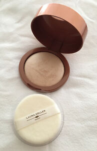 Laura Geller Makeup - 24g Baked Body Frosting All Over Body Glow In Sugar Glow