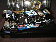 Kevin Harvick 29 GM Goodwrench Service / E.T. 1/24 2002 Action Monte Carlo Elite