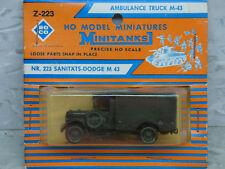 NEW 1//87 WWII US M-43 Dodge 3//4 Ton Ambulance Lot #300X Roco Minitanks