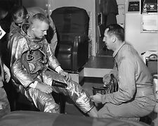 PILOT NEIL ARMSTRONG PRIOR TO FIRST X-15 FLIGHT - 8X10 PUBLICITY PHOTO (EE-098)