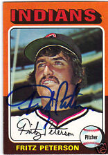 1975 Topps Mini #62 FRITZ PETERSON autographed card