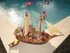 LE  BATEAU PIRATE PLAYMOBIL 3053 USA OU 3750 B