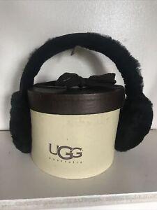 Ugg sheepskin earmuffs in box, never worn excellent condition