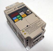 OMRON VS MINI J7 CIMR-J7AZB0P1 INVERTER PRG: 0020  0-240V 0 -400Hz  0.8A  0.3kVA