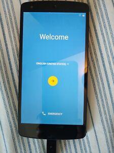 Nexus 5 D821 - 16GB - Black (Unlocked) Smartphone