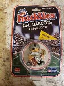 NFL Oakland Raiders (2 in.) 1983 Vintage Huddles PVC Figure Mascot (Rare)
