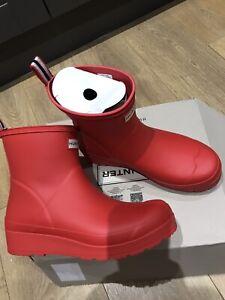 Women's Hunter Original Play Boot Short Wellies Wellington Boots Size 7 Red
