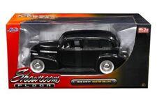 1939 Chevrolet Master Deluxe Showroom Floor 1/24 Diecast Car Model By Jada 98880