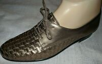 Trotters 'Lila' Woven Leather Loafers Women's Size 8.5 Narrow Gold Lace Up Flat