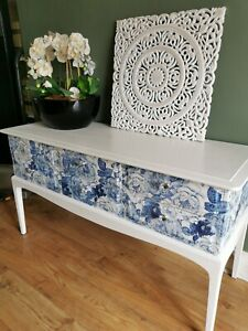 VINTAGE STAG MINSTREL SIDEBOARD/DRESSING TABLE, CONSOLE HALL TABLE, 6 DRAWERS