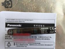 1PC  NEW Panasonic / SUNX Photoelectric Sensor FX-301-F