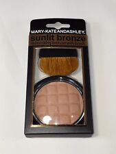 Mary-Kate and Ashley SUNLIT BRONZE Illuminating Bronzer w/Brush #603 (2 Pack)